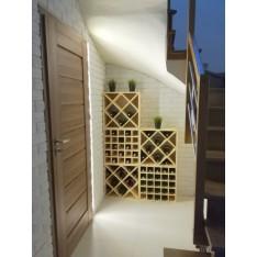 Regał drewniany na wino kratka